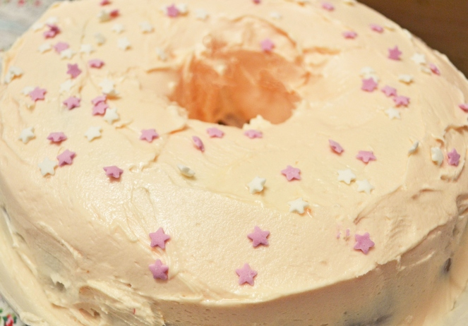 cherry yoghurt bundt cake
