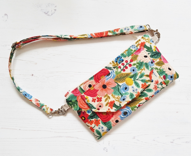 Enya Wallet - An Apple Tree Cottage Pattern