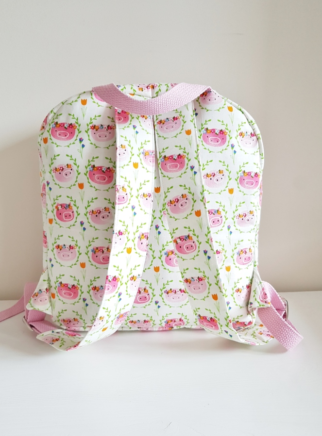 A new school bag - Piggie Backpack