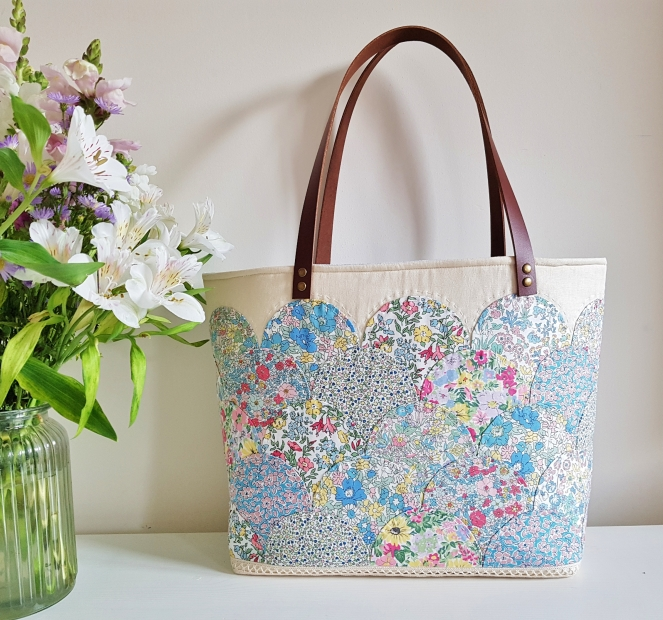 Liberty Spring Shower - Clamshell Tote