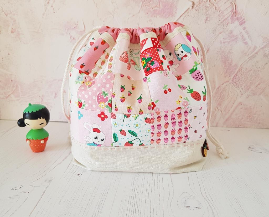 Strawberry Lovers Finch Bucket