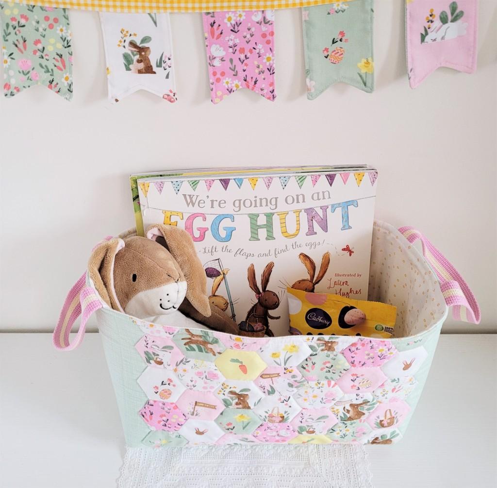 Easter Egg Hunt - Easter Basket & bunting