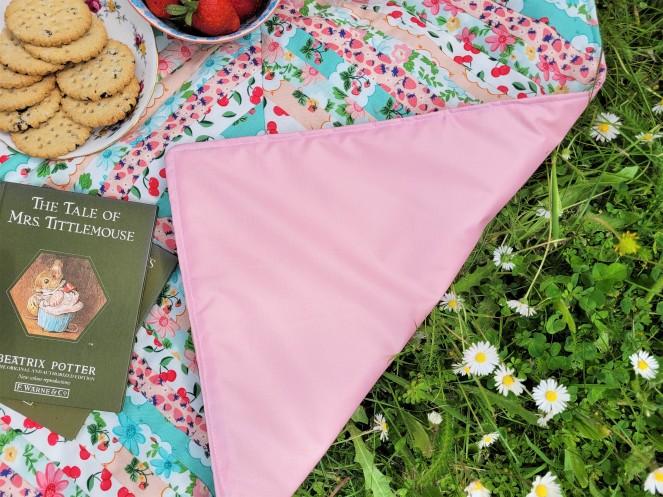 Summer Picnic - Mini Picnic Blanket
